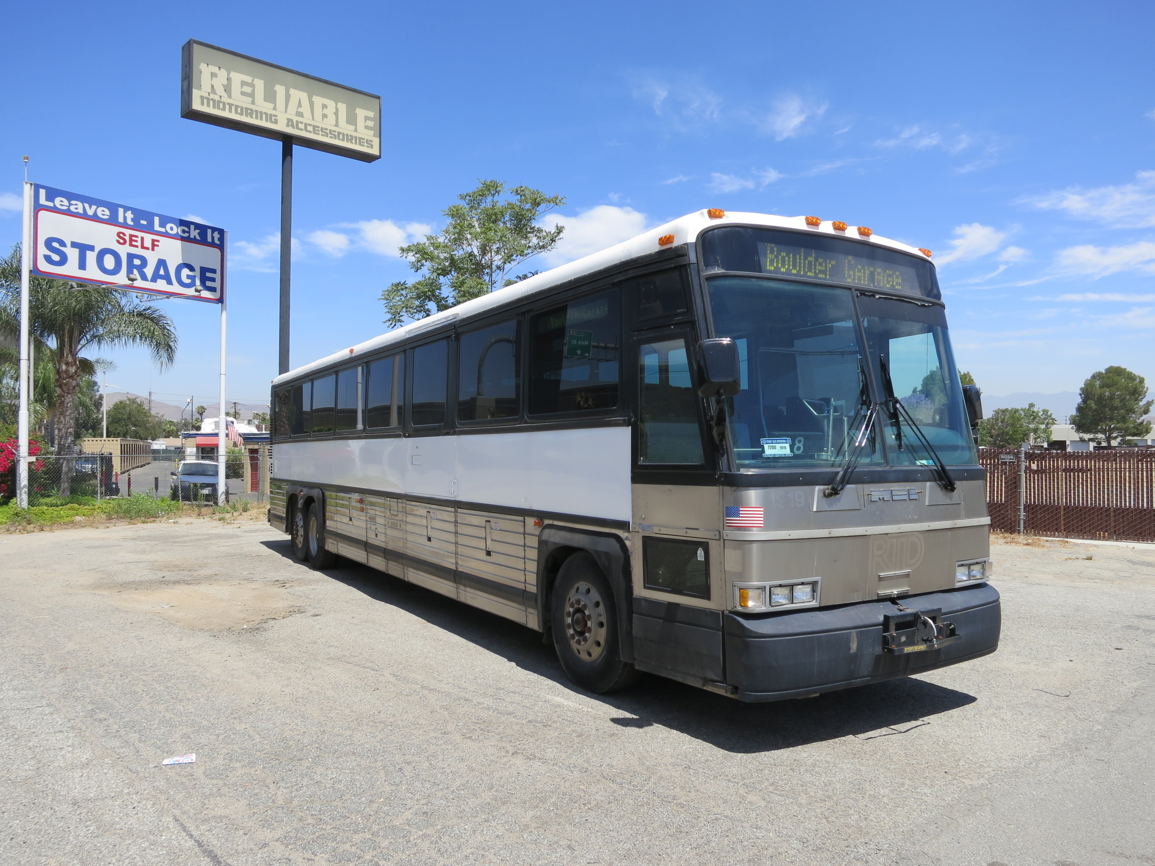 45ft MCI 102 (1998) with 8 in stock - Used Buses for Sale ...