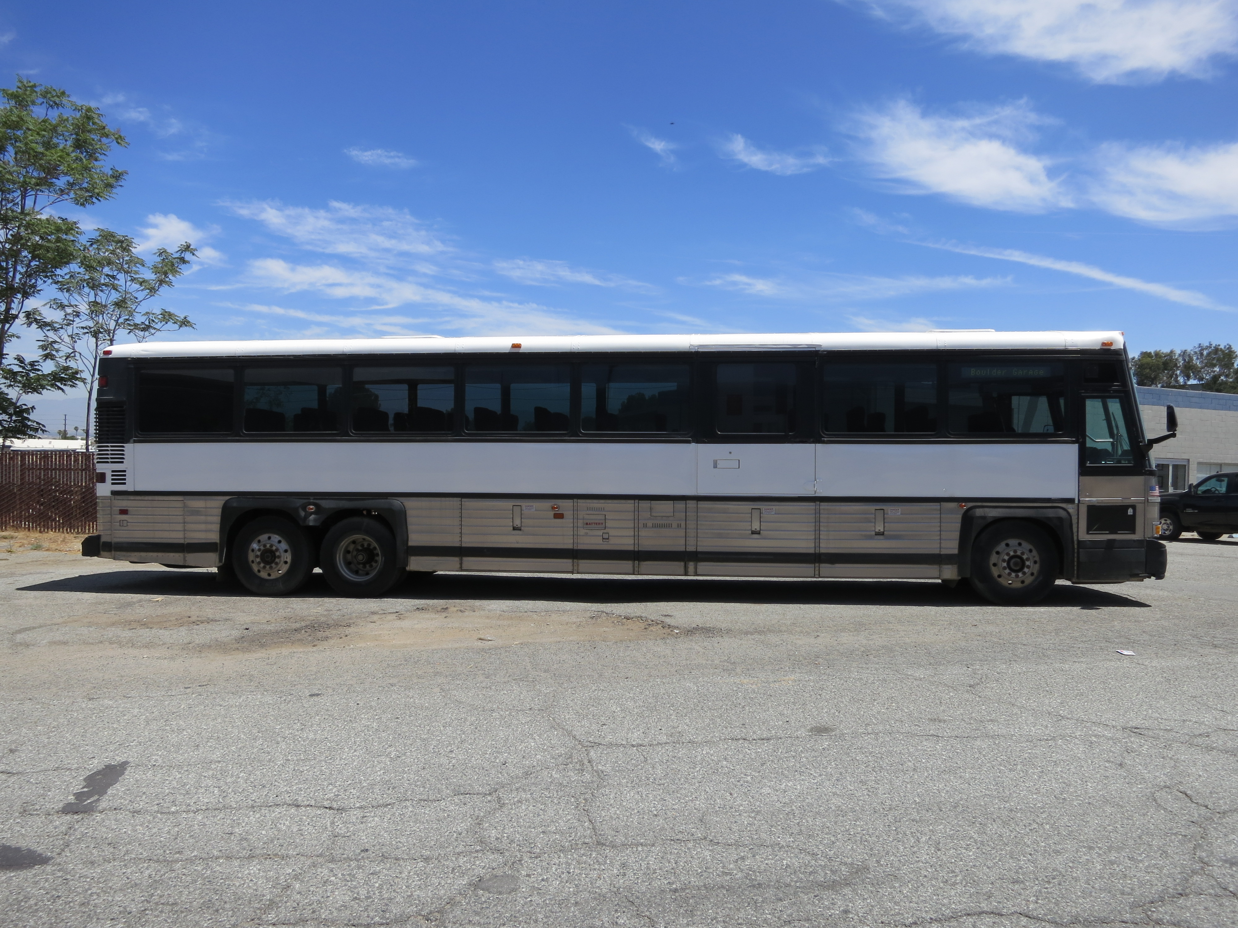 45ft Mci 102 1998 With 8 In Stock Used Buses For Sale
