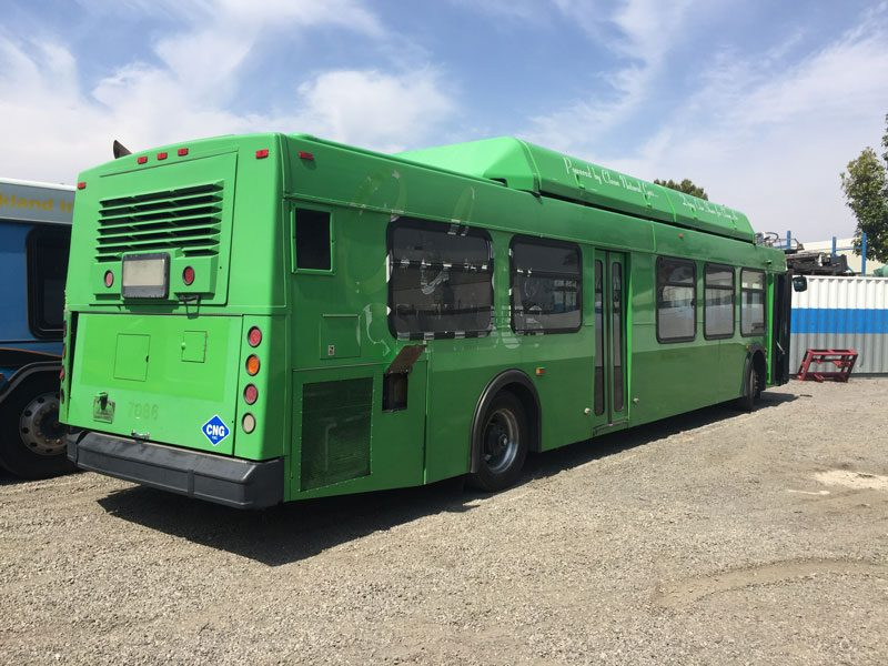 2001 40 ft Low Floor CNG New Flyer C-40LF rear exterior view